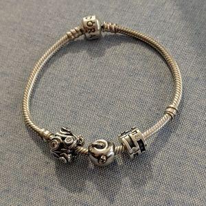 🎉 Host Pick Pandora bracelet + 3 charms
